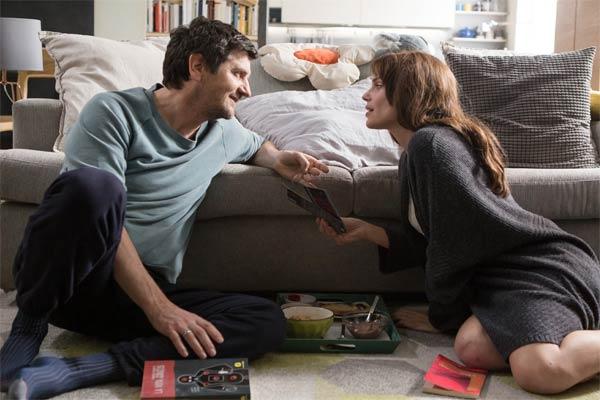Fabio De Luigi e Micaela Ramazzotti nel film Ti presento Sofia