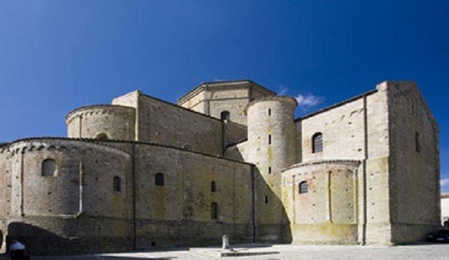 La cattedrale di Acerenza - Italia viaggio nella Bellezza