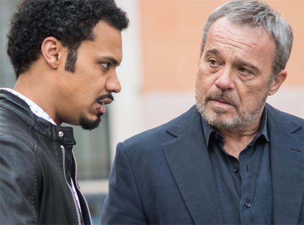 Miguel Gobbo Diaz e Claudio Amendola in Nero a metà