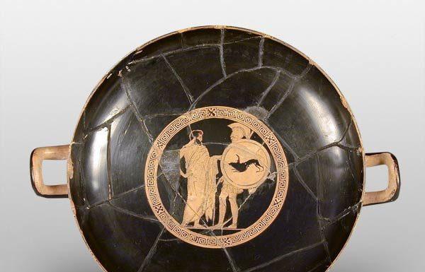 Kylix attica a figure rosse (coppa di Codro), Ceramica, 440-430 a.C. - Credito: Museo Civico Archeologico di Bologna (MCABO), Archivio Fotografico, foto Marco Ravenna