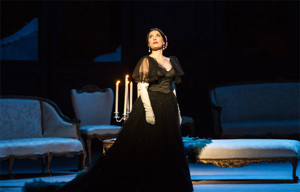 La traviata - Claudia Pavone nel ruolo di Violetta con il costume di Valentino - Foto: Yasuko Kageyama-Opera Roma