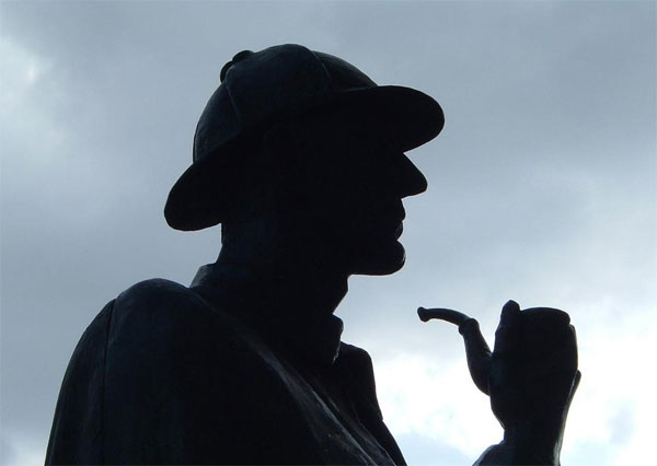 Sherlock Holmes vs Conan Doyle