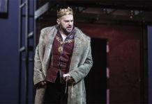 Alex Esposito nel ruolo di Enrico VIII nell'opera Anna Bolena di Gaetano Donizetti - Foto: Ysasuko Kageyama - Opera Roma 2018-19