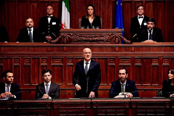 Hasil gambar untuk Bentornato Presidente!  film