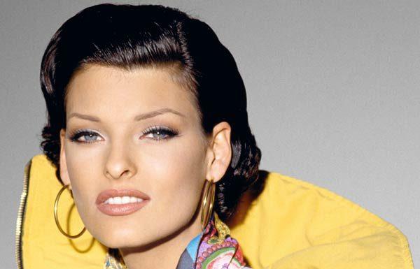 Linda Evangelista per Gianni Versace 1992 © Bob Krieger