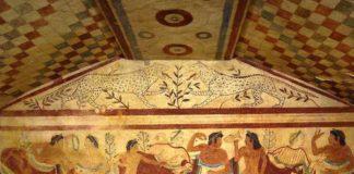 Under Italy, Tarquinia - Tomba etrusca