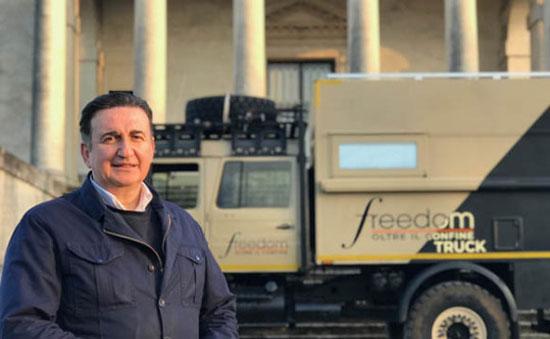 Roberto Giacobbo, Freedom - Oltre il confine