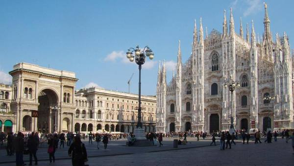 Meraviglie, Milano