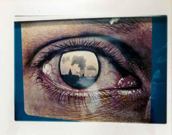 """Luigi Ghirri, Dalla serie """"Paesaggi di Cartone, 1971-1974"""", Senza titolo, 1971. Stampa cromogenica su carta al polietilene, 18.5 x 23 cm. Courtesy Collezione Fabio Castelli."""