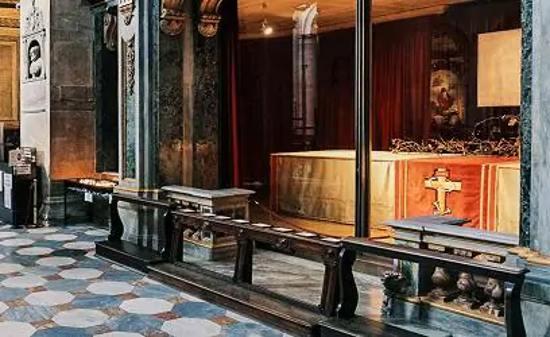 """Duomo di Torino, """"Preghiera con la Sindone"""""""