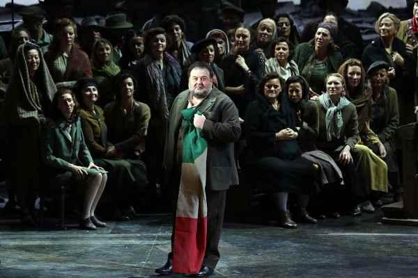 """Fabio Sartori nel ruolo di Foresto nell'""""Attila"""" di Verdi al Teatro alla Scala  © Teatro alla Scala"""