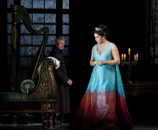 Anna Netrebko al Teatro alla Scala nella Tosca di Puccini - Ph. Brescia e Amisano @ Teatro alla Scala