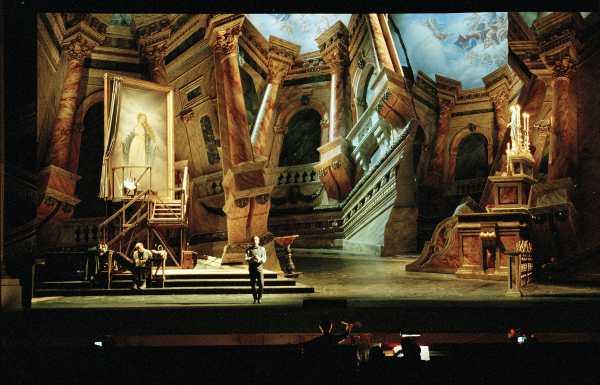 Tosca di Giacomo Puccini - Foto Andrea Tamoni © Teatro alla Scala