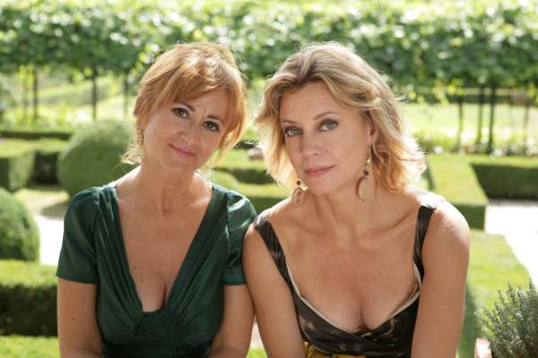 Luciana Littizzetto e Margherita Buy nel film Matrimoni e altri disastri