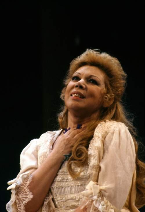 Mirella Freni in Adriana Lecouvreur 1989 - Ph. Lelli e Masotti © Teatro alla Scala