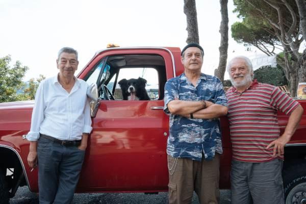 Gianni Di Gregorio, Ennio Fantastichini e Giorgio Colangeli nel film Lontano Lontano