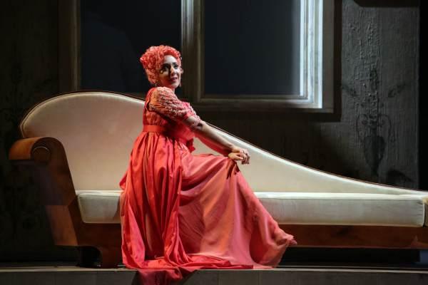 """""""Il turco in Italia"""" di Rossini - Nella foto Rosa Feola © Teatro alla Scala"""